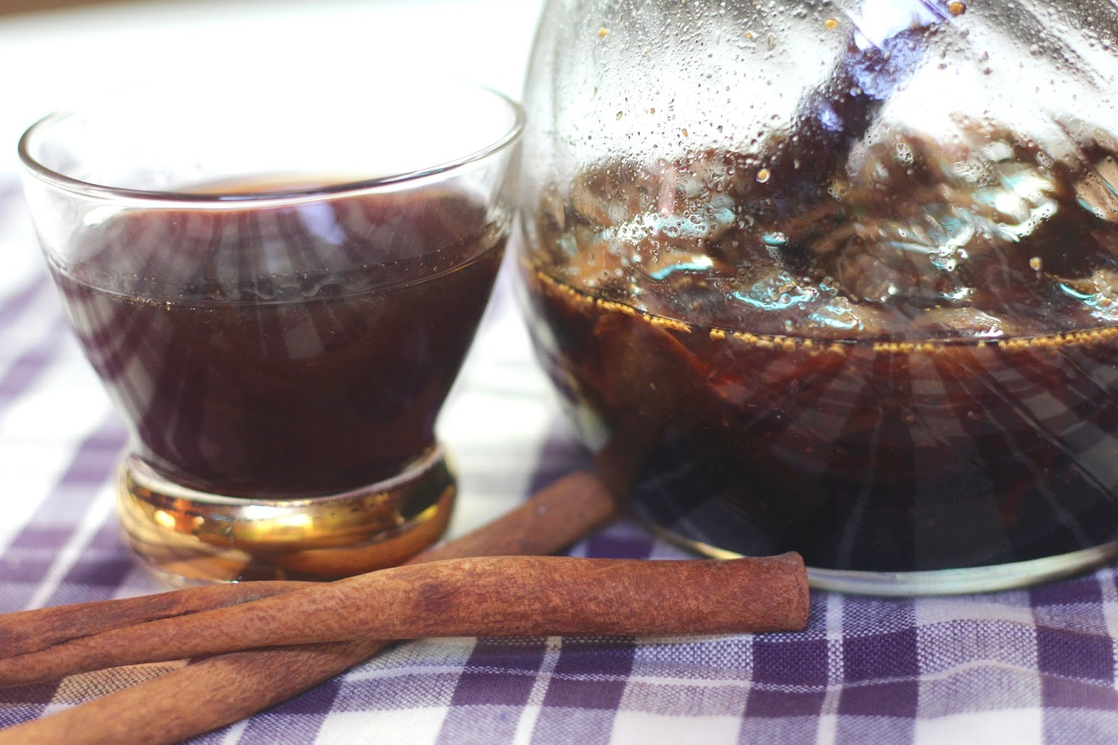 Diary of a mad hausfrau homemade fig cinnamon liqueur for Homemade aperitif recipes