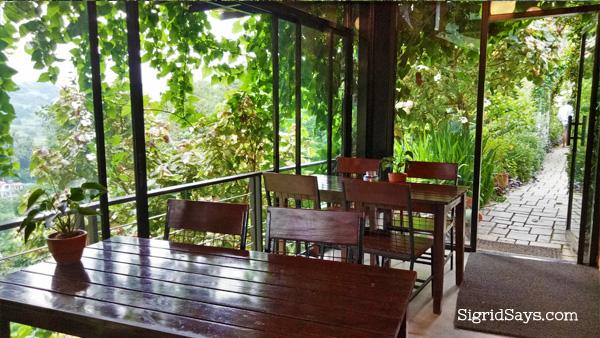 Terrazas de Flores Botanical Garden - Cebu tourist spots