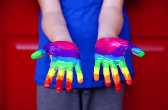 Anglia: Beperelte az anya az iskolát, mert arra kötelezték négyéves fiát, hogy részt vegyen a Pride-on