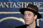 """Jude Law Bicara """"The Nest"""" dan Syuting """"Fantastic Beasts"""" di Tengah Pandemi"""