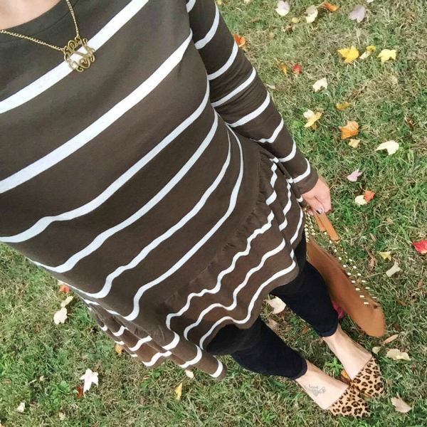 outfit selfie, striped peplum top, monogram necklace
