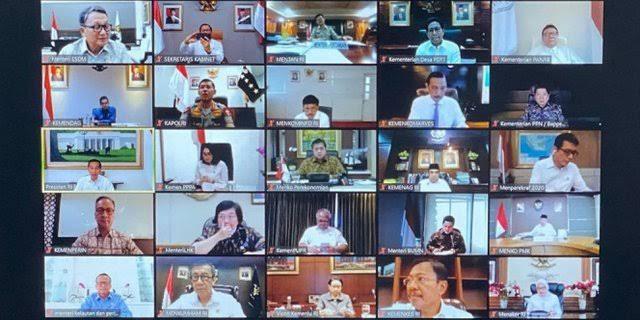 Absen Rapat Online Bahas Virus Corona Bareng Jokowi, Prabowo ke Mana?