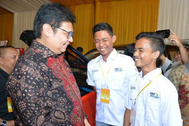 Toyota Indonesia Sumbang 25 Mesin Mobil ke SMK