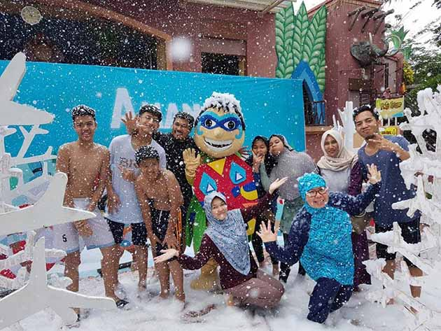 Mandi Busa Amanzi Waterpark Palembang