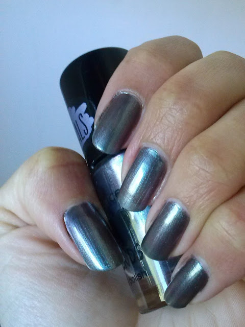 Essence The Metals 24 Chrome Paradise