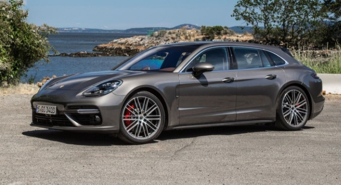 2018 Porsche Panamera Sport Turismo 4 E- Hybrid