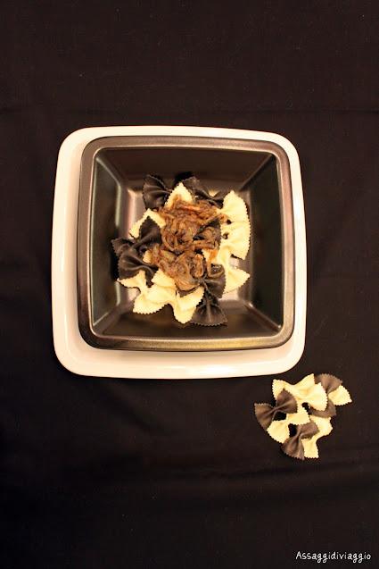 Farfalle bianche e nere con caviale e vodka