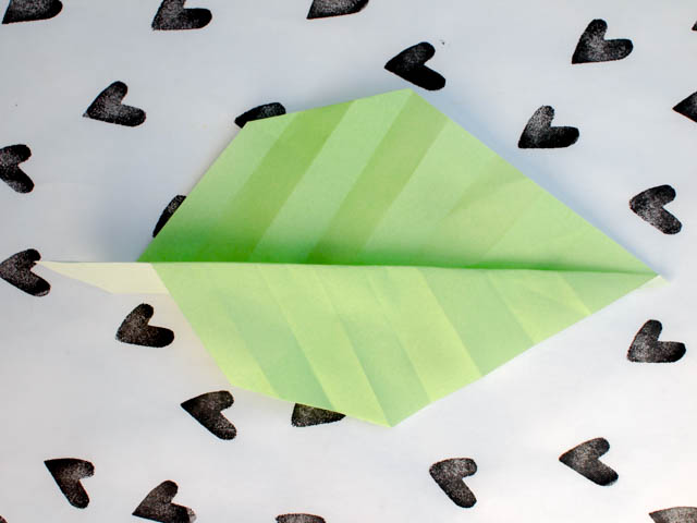 how to fold an origami leaf