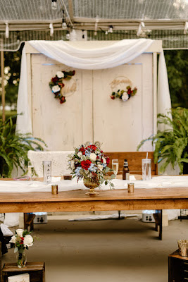 sweetheart table display with backdrop