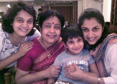 Ramya Krishnan with mother