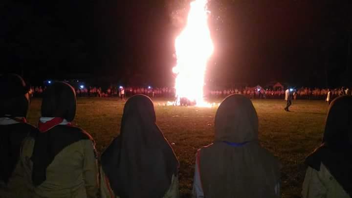 Susunan upacara api unggun, api unggun pramuka