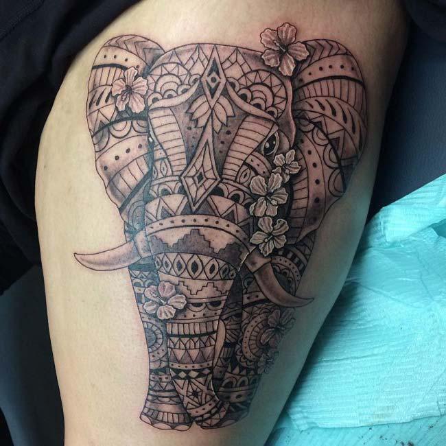 desenli fil dövmesi