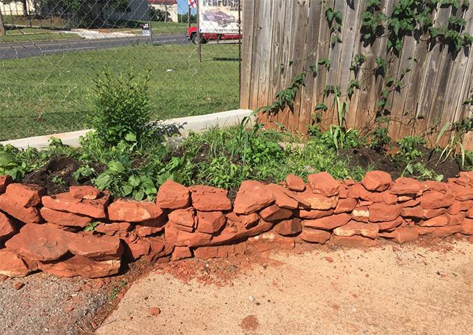 OKC Craigslist curb alert free landscape rocks