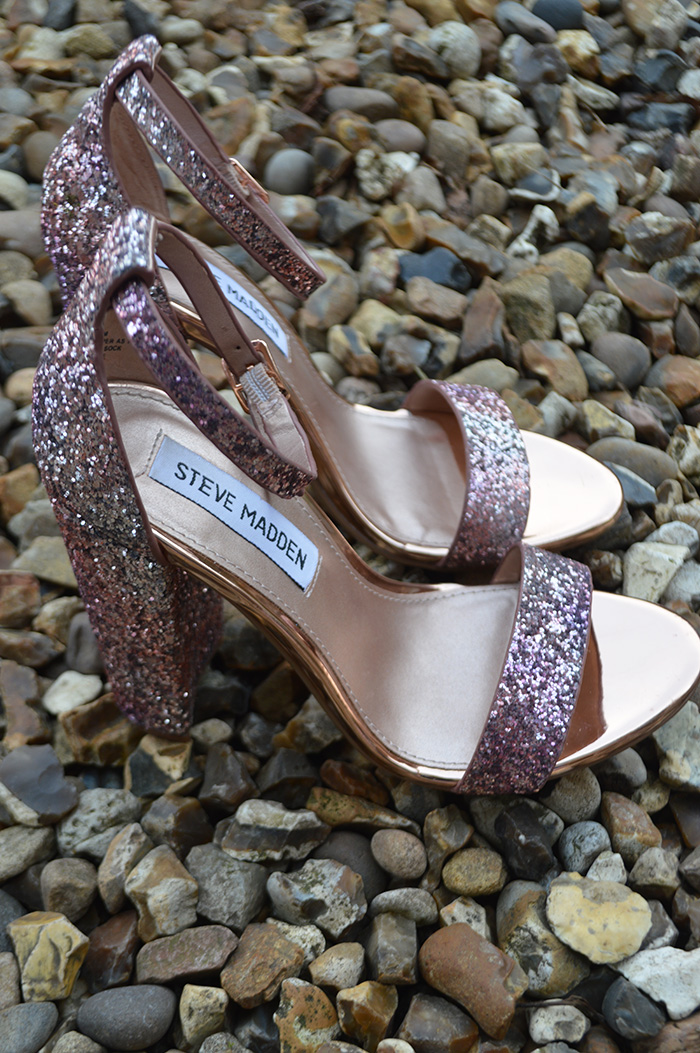 steve madden pink glittery heels fashion bloggers