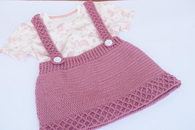 6 - Crochet Imagen Falda con tirantes a crochet y ganchillo por Majovel Crochet paso a paso facil sencillo familia batera punto alto punto bajo doble
