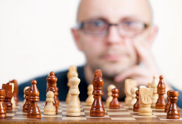 ellen white xadrez damas