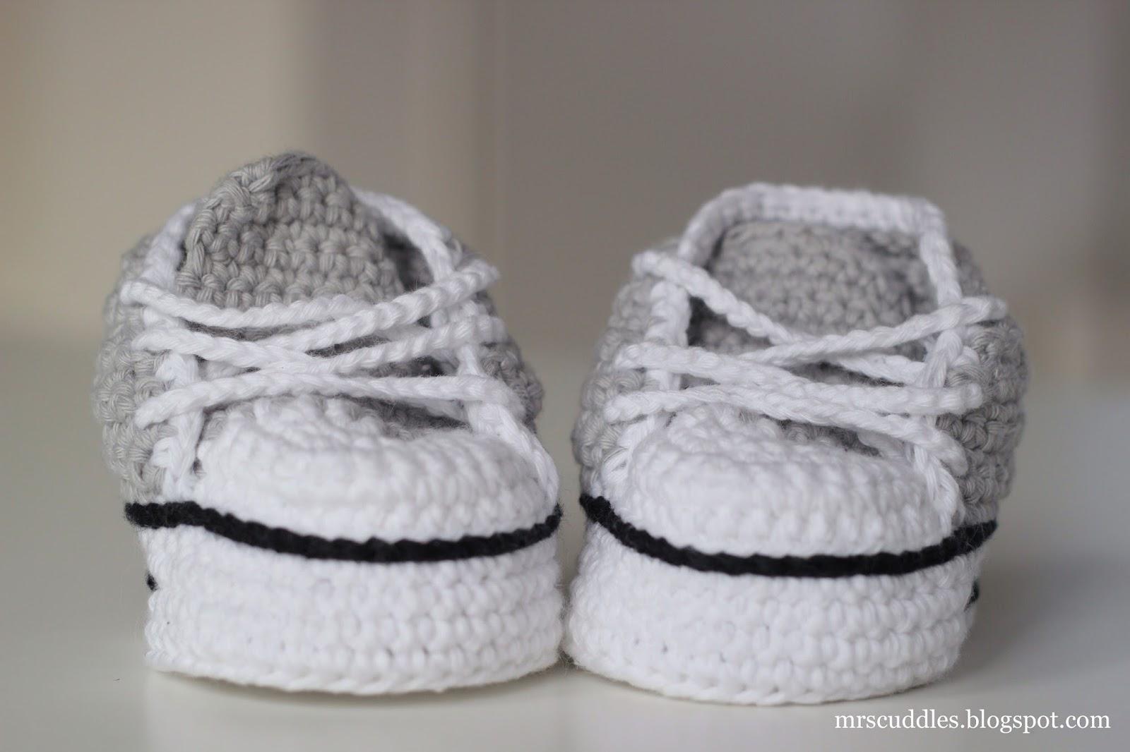 Mrs Cuddles Grey Baby Booties
