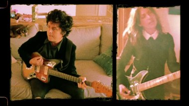 Manic Monday Lyrics - Billie Joe Armstrong