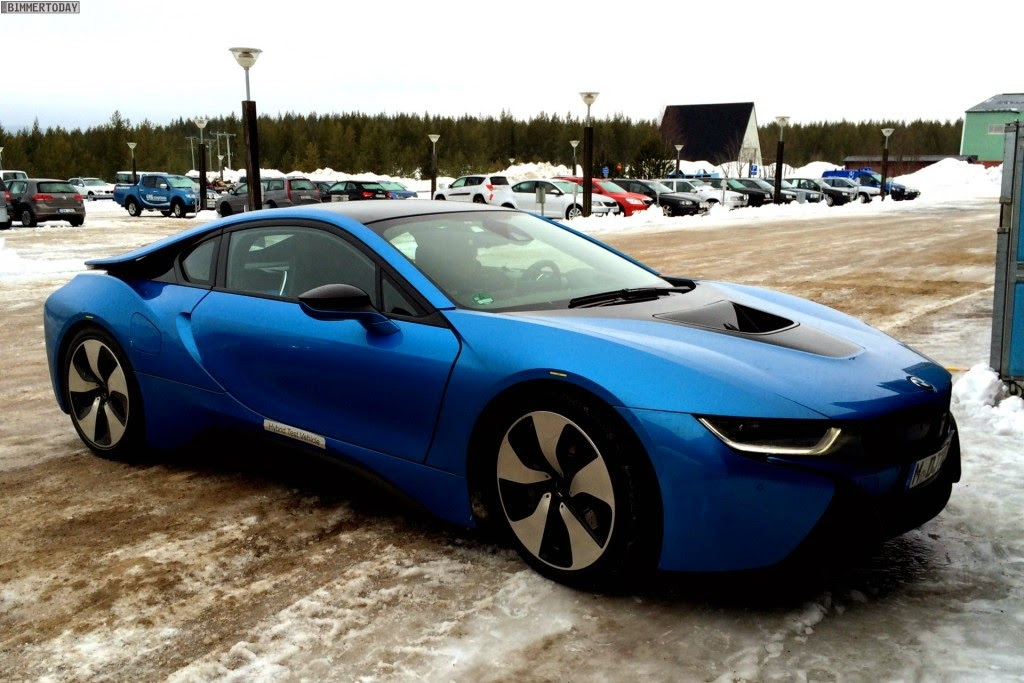 Bmw I8 In Protonic Blue Looks Great Bmw M