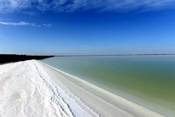 ทะเลสาบเกลือฉาเอ่อร์ฮั่น (Qarhan Salt Lake: 察尔汗盐湖) @ www.sohu.com