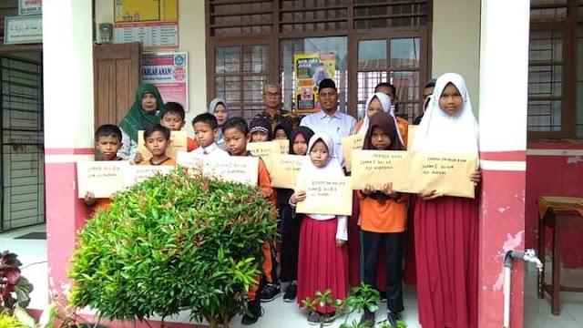 Gelar Perlombaan , Siswi SDN 28 Pasaman Sangat Antosias dan Bersemangat Mengikuti Pesantren Ramadhan    dutametro