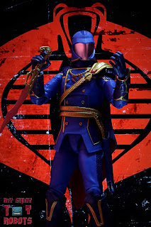 G.I. Joe Classified Series Cobra Commander (Regal Variant) 02