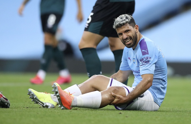 Aguero tiếp tục lỡ hẹn với Champions League