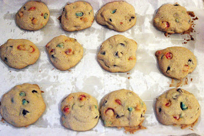 Nestle Toll House Holiday Chocolate Chip Cookies Recipe