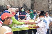 Forum RT-RW Jakarta-Barat Salurkan Donasi Pada Korban Kebakaran Di RW 01 Angke