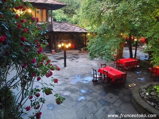 ブルガリア観光、ブルガリア旅行、ブルガリア料理、レストラン、名物