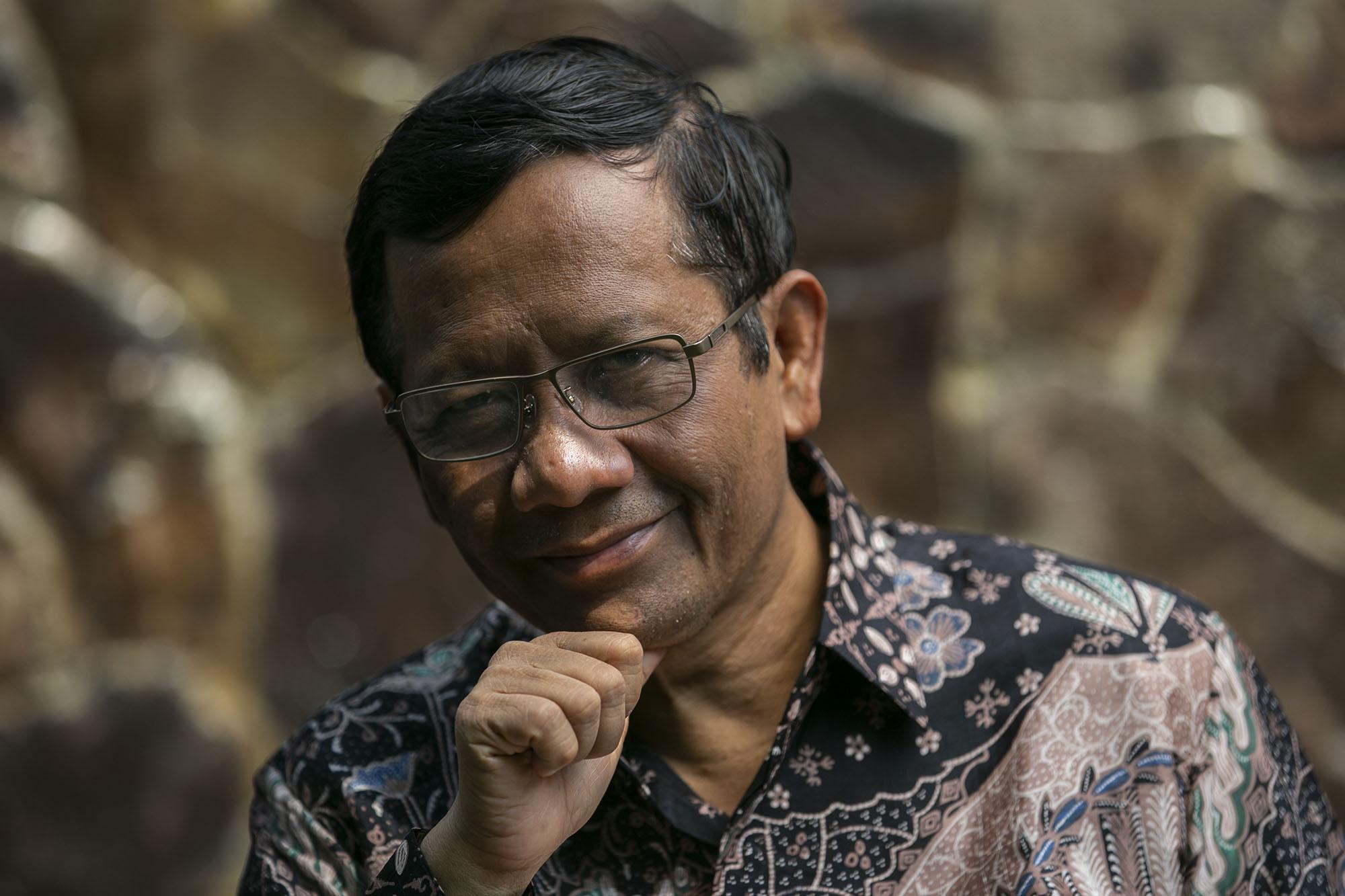 Mahfud MD Asyik Nonton Ikatan Cinta, Pengamat: Kasihan Jokowi, Mungkin Benar Ya Kata Arief Poyuono Kemarin Itu