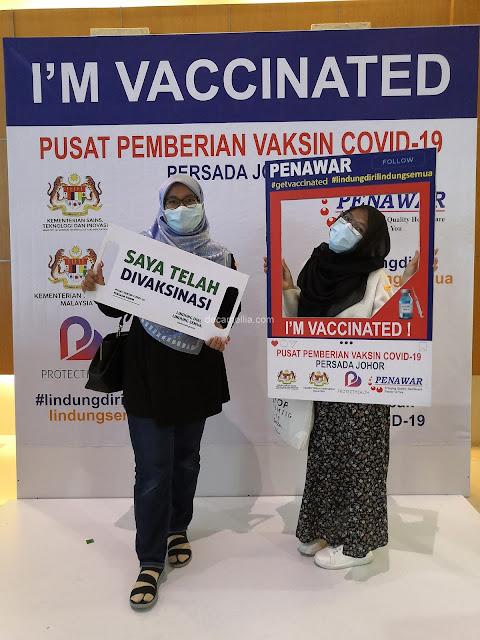 Pengalaman Menerima Suntikan Vaksin AstraZeneca di Persada Johor, pengalaman vaksin, kesan jangka panjang vaksin covid 19, simptom selepas vaksin, gejala selepas vaksin, tips sebelum ambil vaksin, pengalaman cucuk vaksin, makan Panadol sebelum vaksin, tindak balas vaksin covid, persediaan sebelum suntikan vaksin covid-19, pengalaman terima suntikan astrazeneca, simptom selepas vaksin astrazeneca, vaksin astrazeneca bahaya, masalah vaksin astrazeneca, astrazeneca vaccine pengalaman, simptom selepas vaksin sinovac, vaksin astrazeneca untuk siapa, pemilik vaksin astrazeneca, kesan sampingan astrazeneca, vaksin covid 19, vaksin covid 19 johor, vaksin covid 19 johor bahru, vaksin covid, vaksin covid 19 malaysia, khemah putih tempat vaksin di persada johor