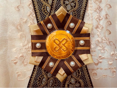 Gold rosette leis for xum cryptocurrency launching