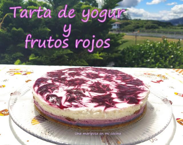 Semifrio De Yogur Y  Frutos Rojos