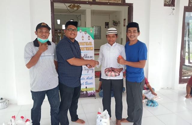 di Hari ke-16, Elemen Muda Aceh Selatan (EMAS) Masih Lakukan Pembagian Takjil