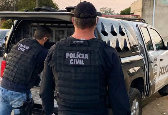Polícia Civil prende dois suspeitos de assassinato em Prudentópolis