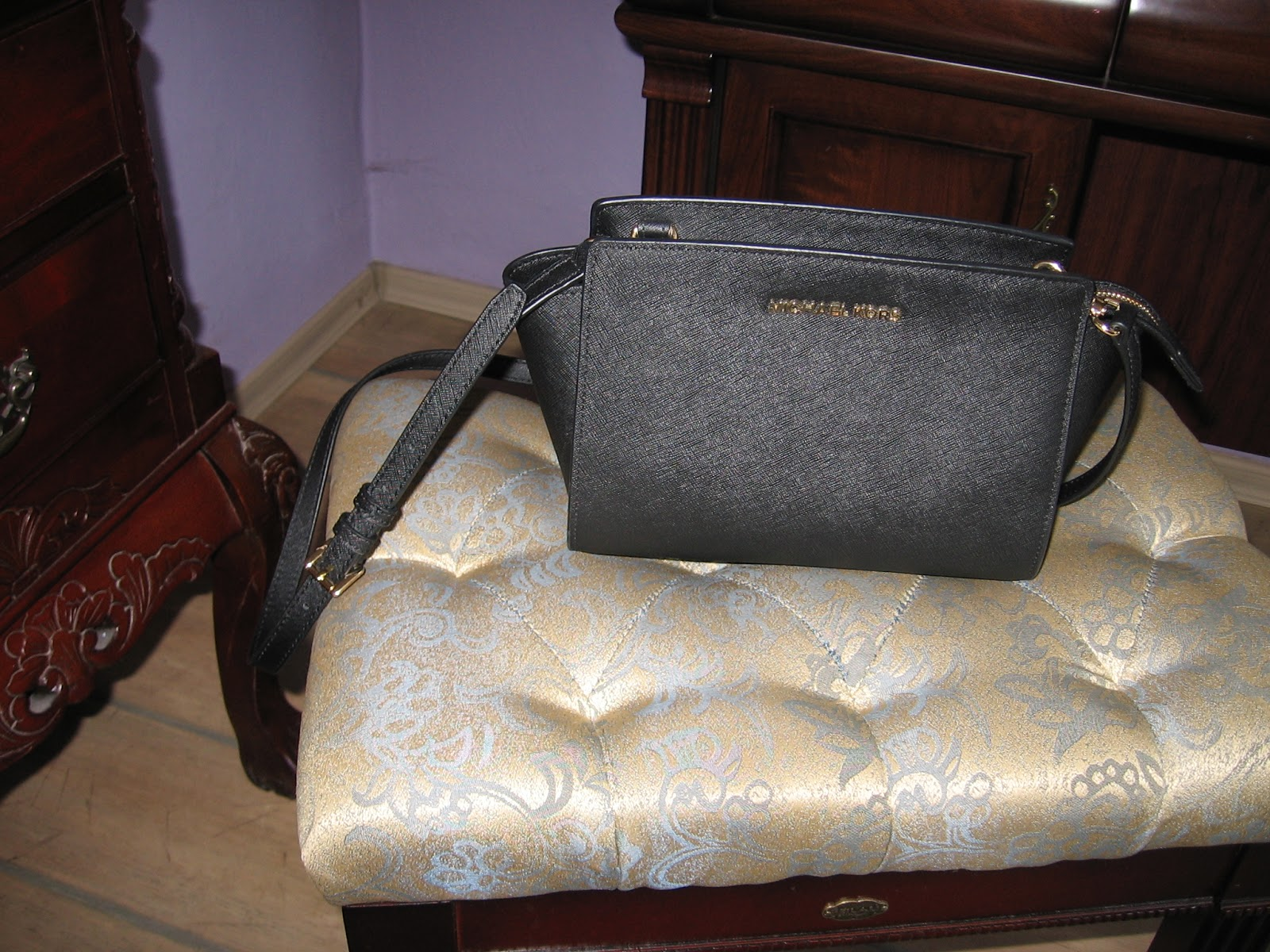 b202e97752fa5 I znów mój wybór padł na Korsa. Za każdym razem kiedy chcę kupić torebkę,  oglądam różne modele znanych marek, ale i tak zawsze MK jest górą ;-)