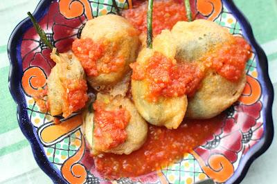 chiles poblanos rellenos piments farcis