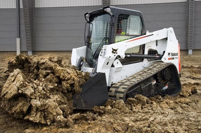 Compact Track Loader – The Best Compaction Machine