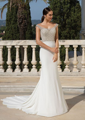 K'Mich Weddings - wedding planning - wedding dresses - beaded white crepe wedding dress - justin alexander