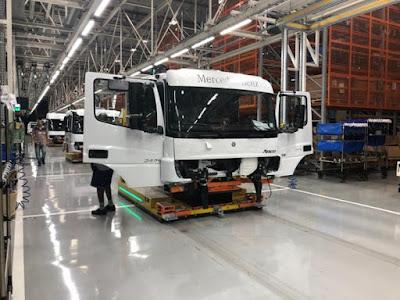 Linha de cabines 4.0, Mercedes-Benz avança na engenharia digital