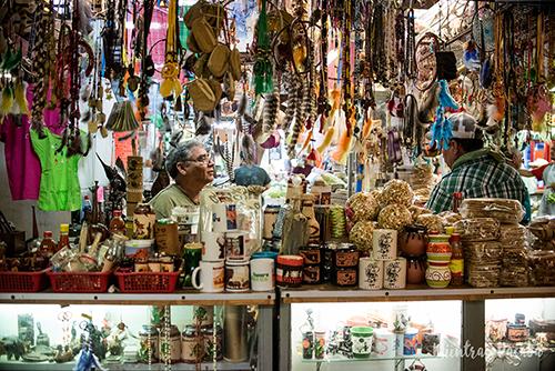 tienda de artesanía sonorense en el mercado de hermosillo