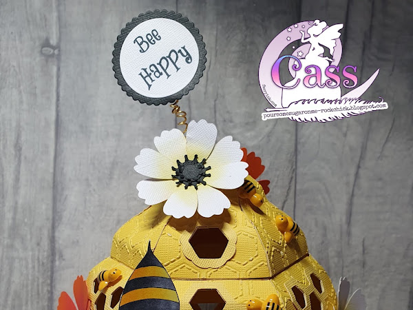 3D Beehive Featuring The Spring Bee Tomte Gnome