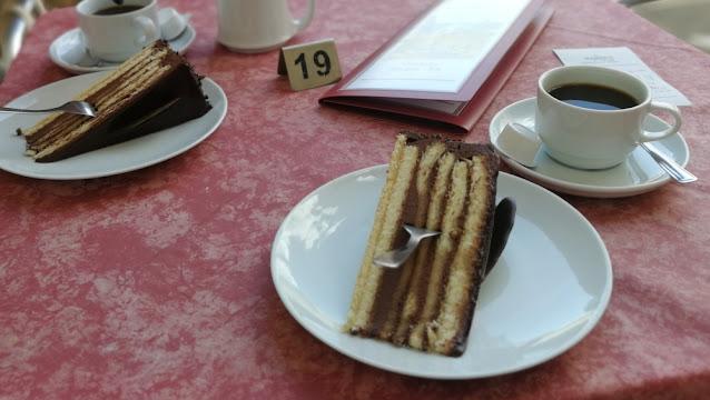 Eremitage Bayreuth - Markgräfin-Wilhelminen-Torte im Café der Orangerie