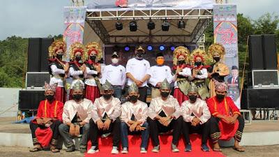 Festival Bahari Rabab Pasisie Dibuka Secara Resmi Oleh Gubernur Mahyeldi