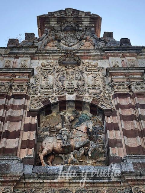 Monasterio de San Pedro de Cardeña portada
