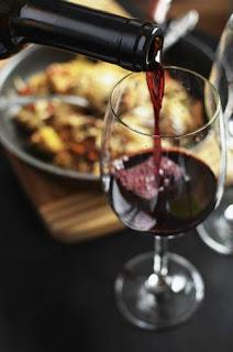 benefícios-vinho-tinto