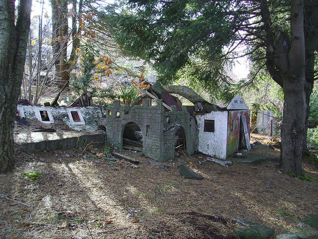 Abandoned Bible Theme Park Damn Cool Pictures