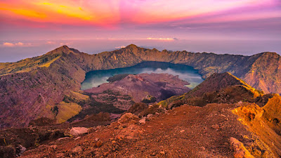 Summit Mount Rinjani 3726 meters