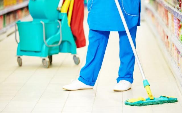 Dịch vụ vệ sinh cửa hàng, siêu thị mini tại quận 7